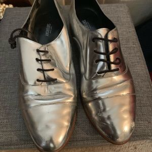Kate Spade Saturday silver shoes 8.5